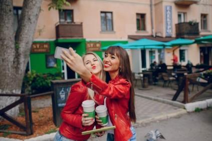 selfie-cafe